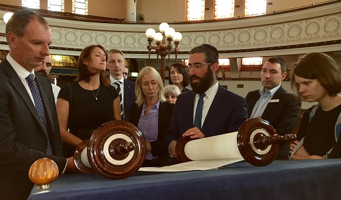 Politicians Get Immersed Into Jewish Melbourne